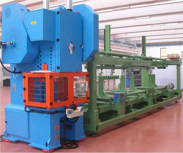 Impianto industriale per la produzione di zappette